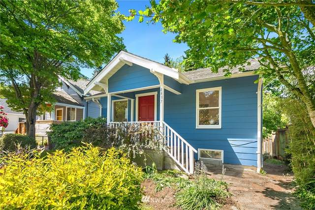 4437 26th Avenue SW, Seattle, WA 98106 (#1774468) :: Lucas Pinto Real Estate Group