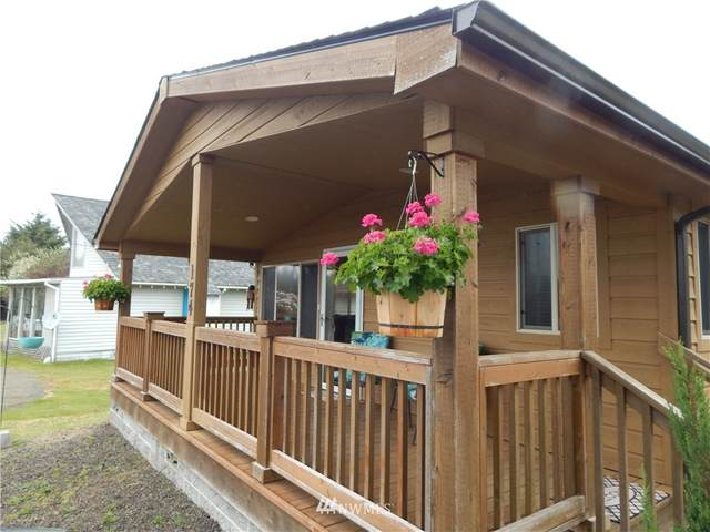 174 N Wynoochee Drive SW, Ocean Shores, WA 98569 (#1775236) :: Provost Team | Coldwell Banker Walla Walla
