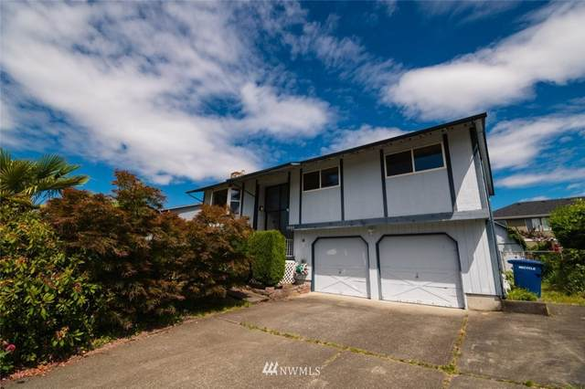 1320 S 275th Place, Des Moines, WA 98198 (#1786872) :: Keller Williams Western Realty
