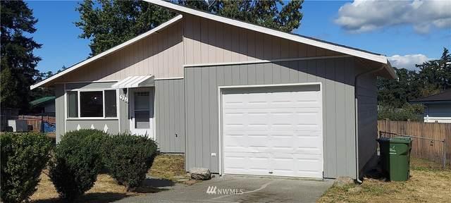 926 NW Cathlamet Drive, Oak Harbor, WA 98277 (#1789313) :: The Kendra Todd Group at Keller Williams