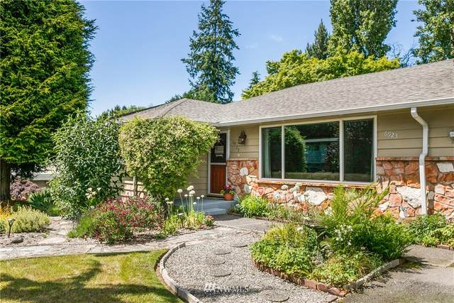 6923 189th Place SW, Lynnwood, WA 98036 (#1789614) :: Shook Home Group
