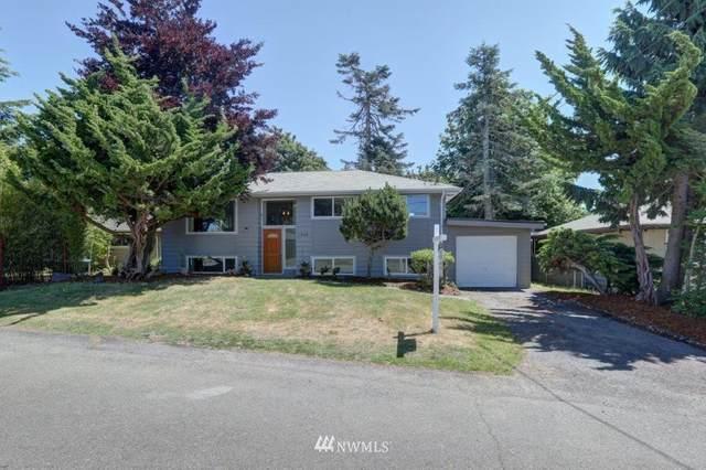 11668 18th Avenue SW, Burien, WA 98146 (#1792375) :: Ben Kinney Real Estate Team