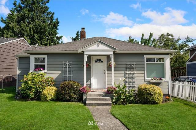 3732 SW 100th Street, Seattle, WA 98146 (#1792538) :: Northern Key Team