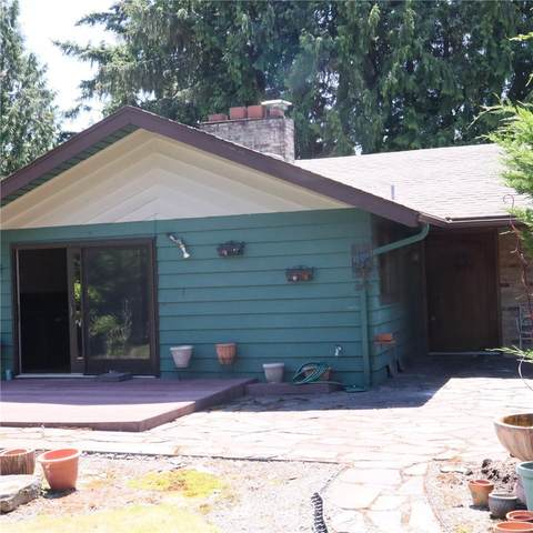 16637 SE 10th Street, Bellevue, WA 98008 (#1794068) :: The Royston Team