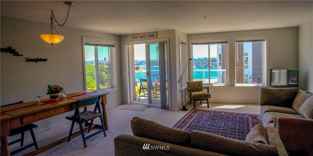 2432 Dexter Avenue N #200, Seattle, WA 98109 (#1794139) :: Beach & Blvd Real Estate Group