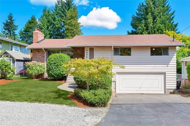 3208 NE 104th Street, Seattle, WA 98125 (#1794894) :: The Kendra Todd Group at Keller Williams