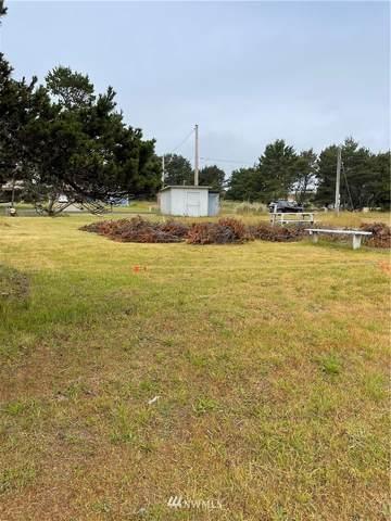 29102 H Street, Ocean Park, WA 98640 (#1795418) :: Keller Williams Western Realty