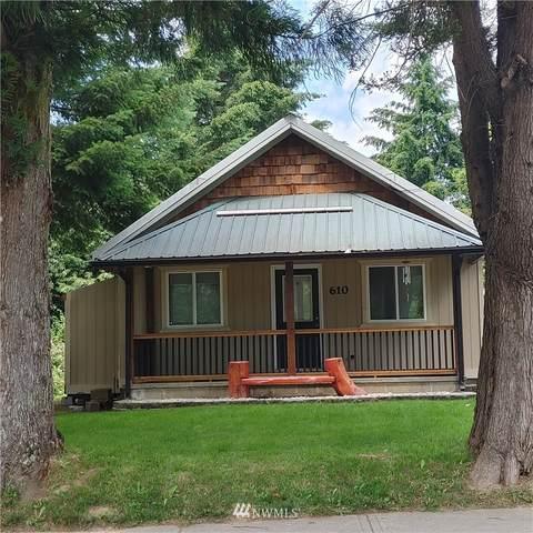 610 West Lake Avenue, Morton, WA 98356 (#1801949) :: Stan Giske