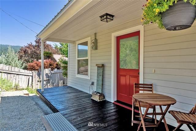 304 W Montana Avenue, Roslyn, WA 98941 (#1804361) :: Ben Kinney Real Estate Team