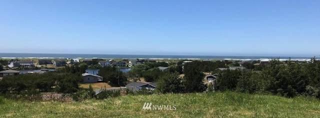 34110 J Place, Ocean Park, WA 98640 (#1806200) :: Shook Home Group