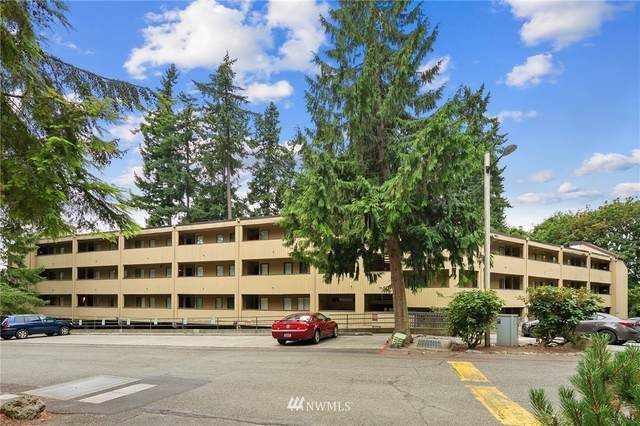 10819 NE 37th Place #332, Bellevue, WA 98004 (#1811257) :: Alchemy Real Estate
