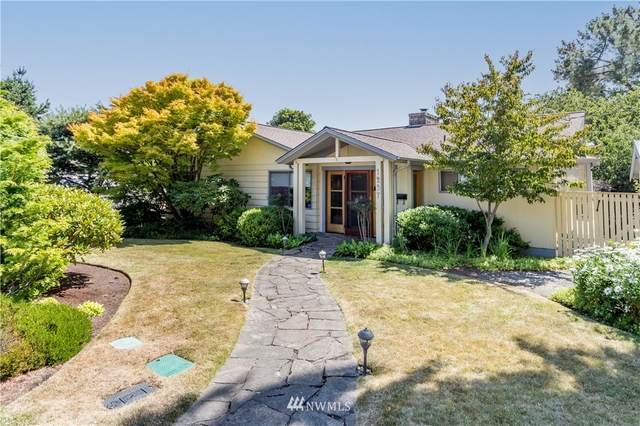 1237 Clay Street, Port Townsend, WA 98368 (#1814035) :: Ben Kinney Real Estate Team