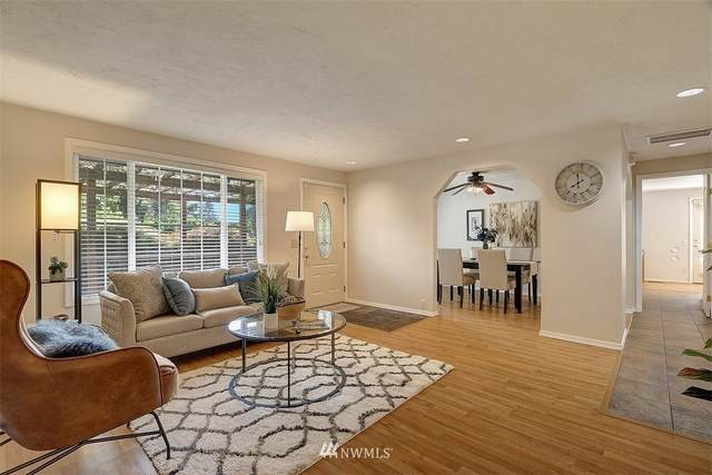 14054 SE 200th Street, Kent, WA 98042 (#1818584) :: Ben Kinney Real Estate Team
