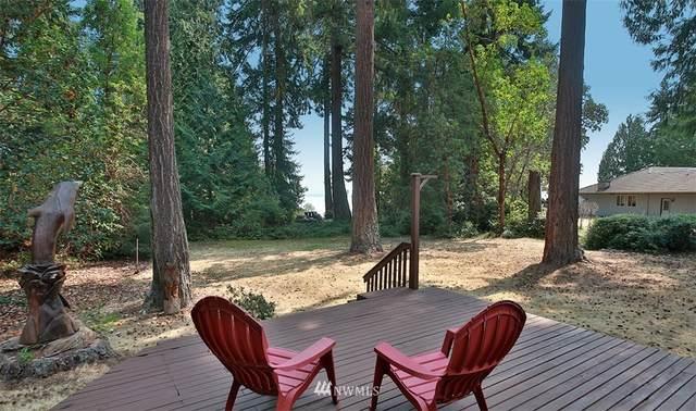 6321 S Wilson Place, Clinton, WA 98236 (MLS #1820747) :: Reuben Bray Homes