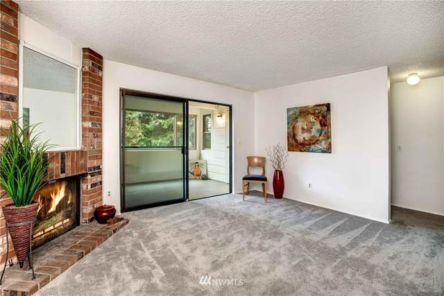 12531 NE 23rd Place C3, Bellevue, WA 98005 (#1833345) :: Icon Real Estate Group