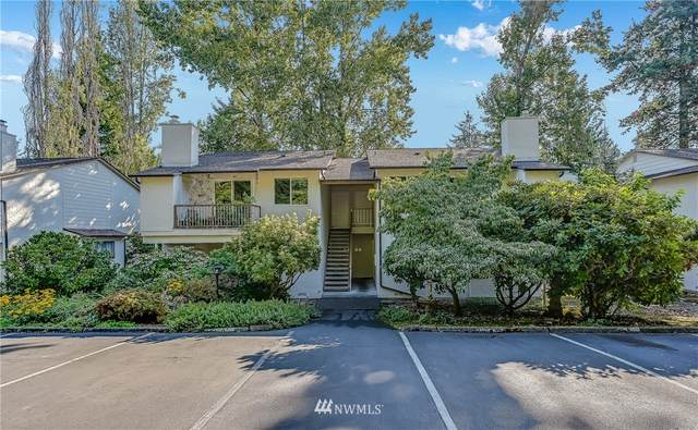 14144 74th Place NE, Kirkland, WA 98034 (#1833551) :: Pacific Partners @ Greene Realty