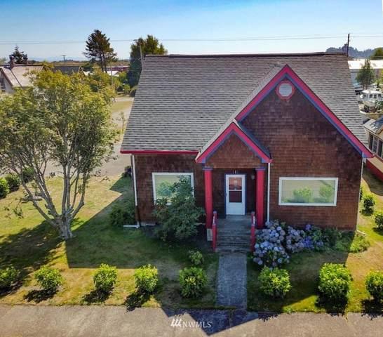 515 Spruce Street, Ilwaco, WA 98624 (#1834472) :: Icon Real Estate Group
