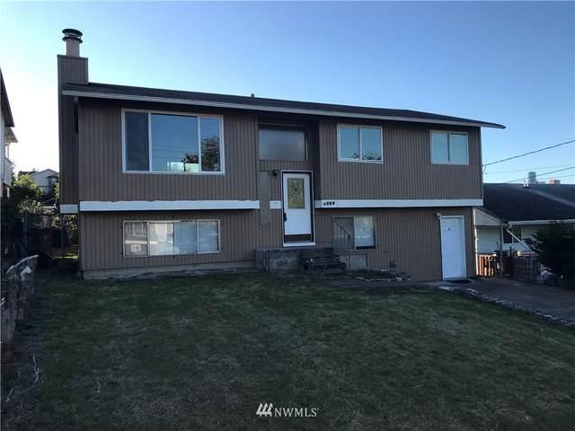 2317 22nd Avenue S, Seattle, WA 98144 (#1842012) :: Neighborhood Real Estate Group