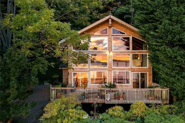 3828 58th Avenue SW, Seattle, WA 98116 (#1844788) :: Ben Kinney Real Estate Team