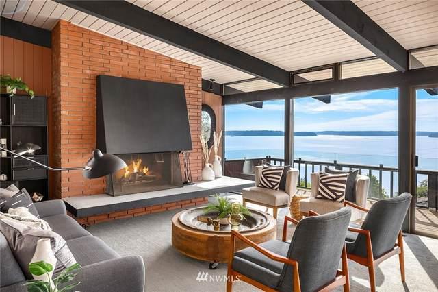 4560 53rd Avenue SW, Seattle, WA 98116 (#1844881) :: Icon Real Estate Group
