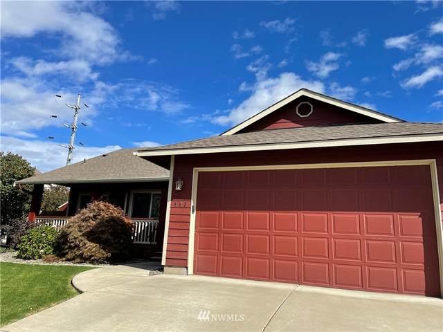 903 Acacia Lane, Ellensburg, WA 98926 (MLS #1845126) :: Reuben Bray Homes