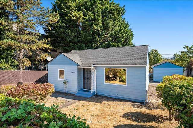 9622 35th Avenue SW, Seattle, WA 98126 (#1845966) :: Neighborhood Real Estate Group