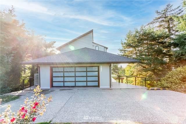 15851 23 Avenue SW, Burien, WA 98166 (#1847592) :: McAuley Homes
