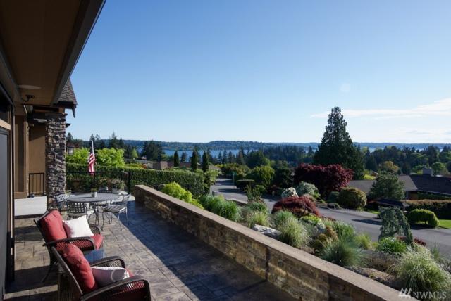 9368 Vineyard Crst, Bellevue, WA 98004 (#1114111) :: Ben Kinney Real Estate Team