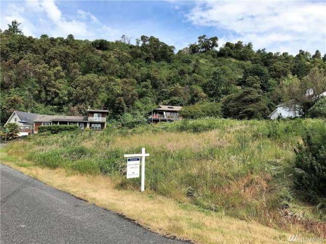 75 Gold Beach Dr SW, Vashon, WA 98070 (#1144040) :: Ben Kinney Real Estate Team