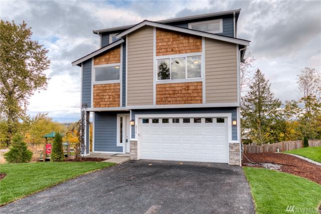 2759 S 124th Lane, Burien, WA 98168 (#1209244) :: Ben Kinney Real Estate Team