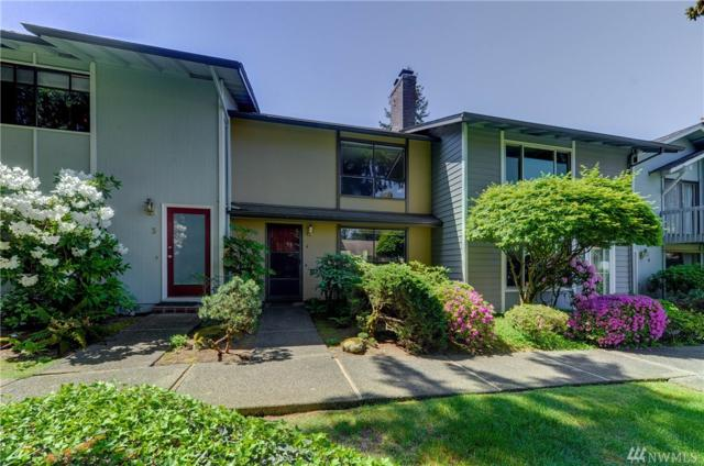 14836 SE 16 St #4, Bellevue, WA 98007 (#1274869) :: Real Estate Solutions Group
