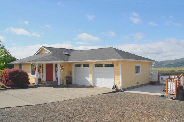 607 First St W, South Bend, WA 98586 (#1314433) :: Homes on the Sound