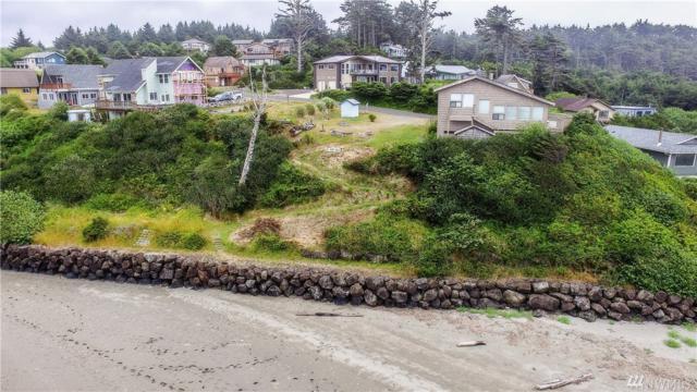 24 Diamond Dr, Pacific Beach, WA 98571 (#1315324) :: Homes on the Sound