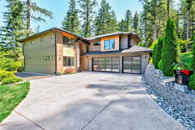 6560 Maxwell Lane NE, Bainbridge Island, WA 98110 (#1330272) :: Northern Key Team