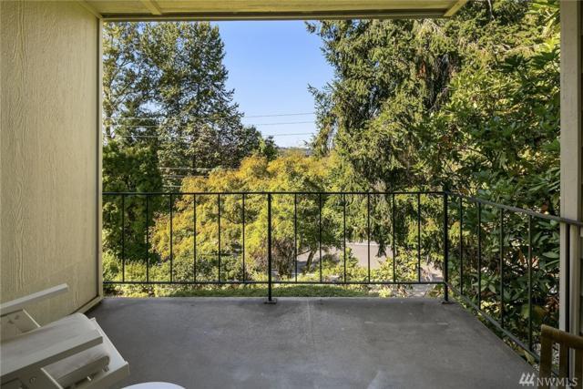 3730 Lake Washington Blvd SE 1C, Bellevue, WA 98006 (#1369930) :: The DiBello Real Estate Group