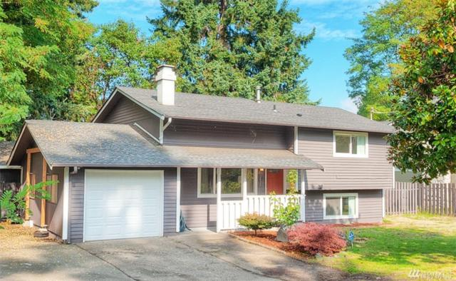 2420 SW 104th St, Seattle, WA 98146 (#1373889) :: Homes on the Sound