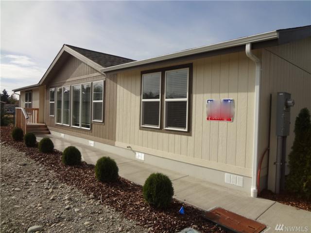 2022 136th St E, Tacoma, WA 98445 (#1377933) :: Chris Cross Real Estate Group