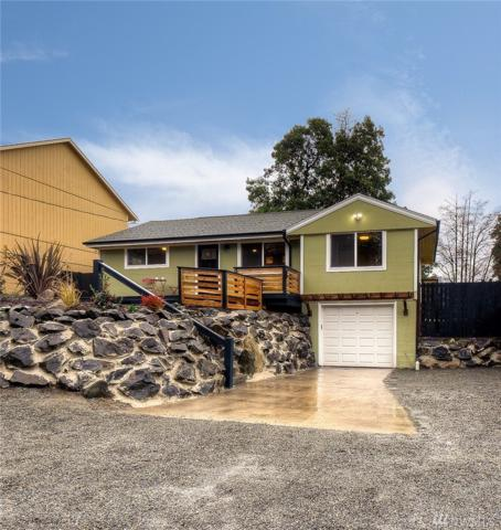 9438 6th Ave SW, Seattle, WA 98106 (#1392684) :: The DiBello Real Estate Group