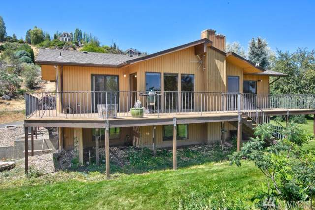90 Orchard Dr, Naches, WA 98937 (#1446532) :: Center Point Realty LLC