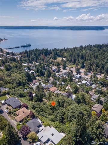 8014 45 Ave SW, Seattle, WA 98136 (#1483187) :: KW North Seattle