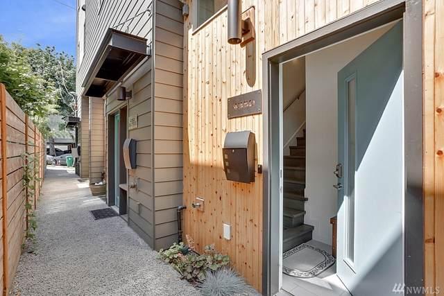 4350 32nd Ave W, Seattle, WA 98199 (#1499023) :: Beach & Blvd Real Estate Group