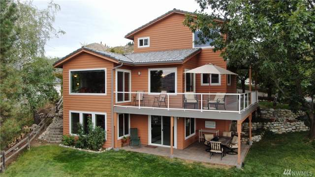 118 Lookout Wy, Chelan, WA 98816 (#1519639) :: Chris Cross Real Estate Group