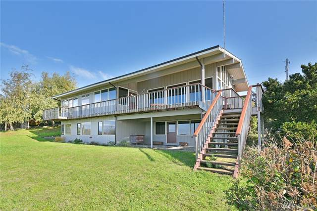 141 Victoria Lp, Port Townsend, WA 98368 (#1529825) :: The Kendra Todd Group at Keller Williams