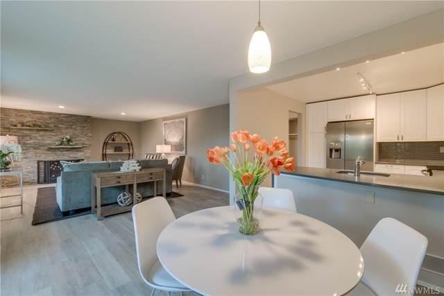17918 23rd Lane NE #102, Shoreline, WA 98155 (#1538875) :: Real Estate Solutions Group