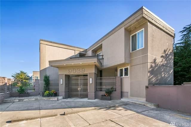 9039 NE Juanita Dr #307, Kirkland, WA 98034 (#1547574) :: McAuley Homes