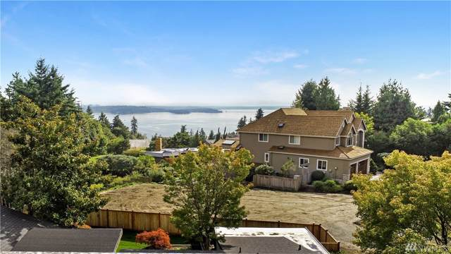 12030 87th Ave NE, Kirkland, WA 98034 (#1555141) :: Ben Kinney Real Estate Team