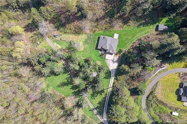 311 SW Camano Dr, Camano Island, WA 98282 (#1590091) :: Pickett Street Properties