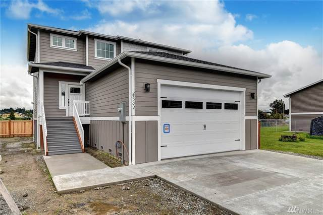 27209 96th Ave NW, Stanwood, WA 98292 (#1594580) :: The Robinett Group