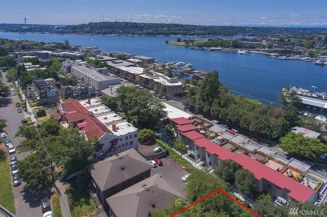 2927 Franklin Ave E 1 & 2, Seattle, WA 98102 (#1628899) :: Costello Team