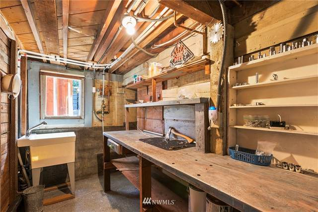 2270 Lotus Avenue SW, Seattle, WA 98126 (#1645304) :: Better Homes and Gardens Real Estate McKenzie Group